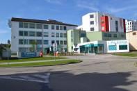 Hlavní vchod nemocnice